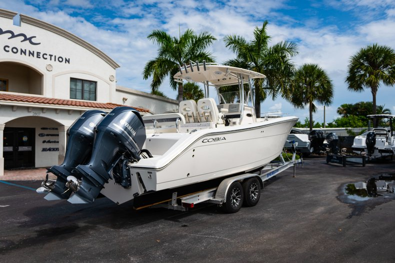 Thumbnail 7 for Used 2018 Cobia 277 Center Console boat for sale in West Palm Beach, FL