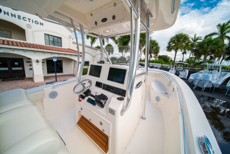 Thumbnail 19 for Used 2018 Cobia 277 Center Console boat for sale in West Palm Beach, FL