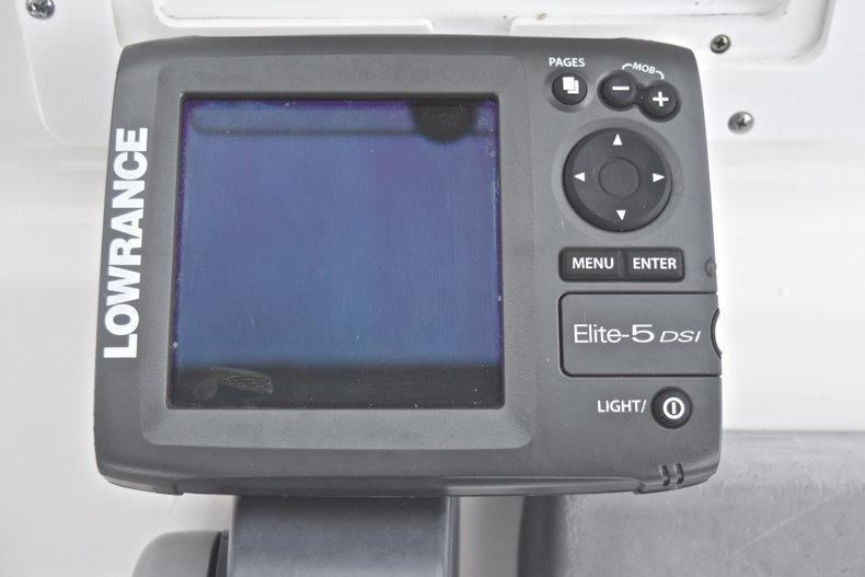Thumbnail 32 for Used 2012 Tidewater 2100 Bay Max boat for sale in West Palm Beach, FL
