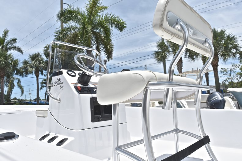 Thumbnail 8 for New 2018 Sportsman 20 Island Bay boat for sale in West Palm Beach, FL