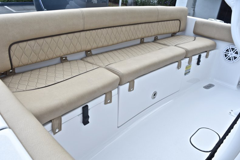 Thumbnail 11 for New 2019 Sportsman Heritage 211 Center Console boat for sale in West Palm Beach, FL