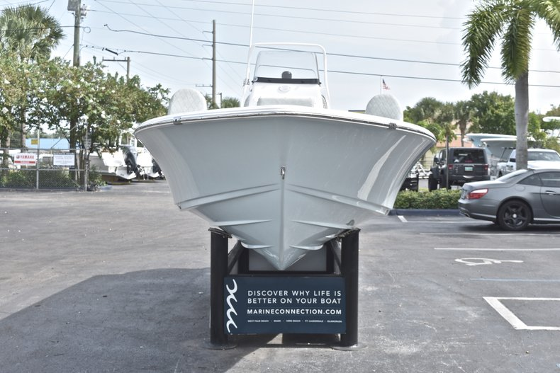Thumbnail 2 for New 2019 Sportsman Masters 207 Bay Boat boat for sale in Vero Beach, FL