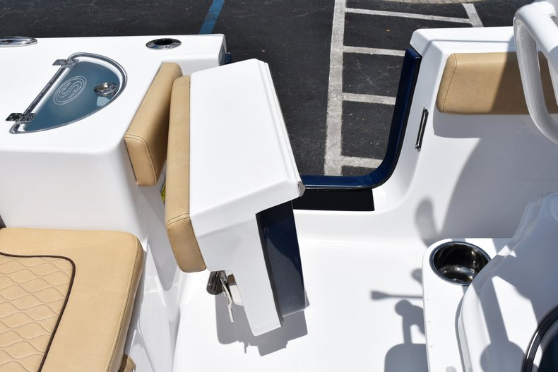 Thumbnail 21 for New 2019 Sportsman Heritage 251 Center Console boat for sale in West Palm Beach, FL