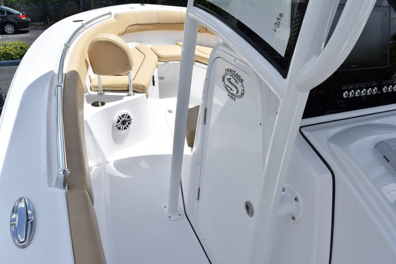 Thumbnail 47 for New 2019 Sportsman Heritage 251 Center Console boat for sale in West Palm Beach, FL
