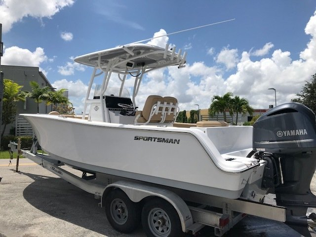 Thumbnail 2 for New 2019 Sportsman Open 242 Center Console boat for sale in Miami, FL