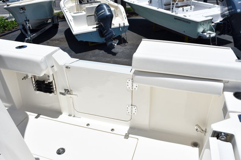 Thumbnail 21 for New 2019 Cobia 301 CC Center Console boat for sale in West Palm Beach, FL