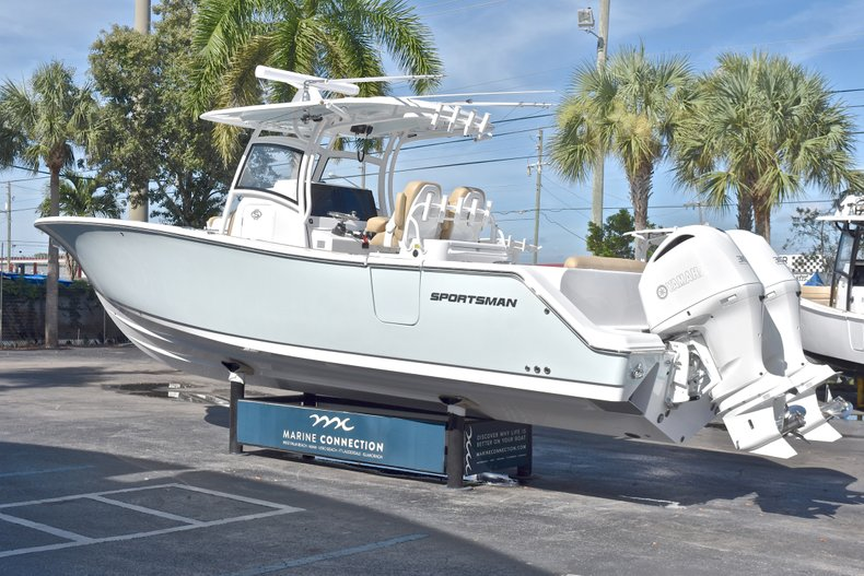 Thumbnail 6 for New 2019 Sportsman Open 312 Center Console boat for sale in West Palm Beach, FL
