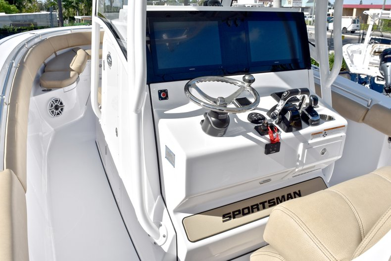 Thumbnail 50 for New 2019 Sportsman Open 312 Center Console boat for sale in West Palm Beach, FL