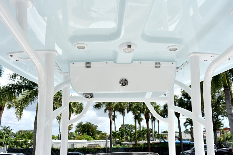 Thumbnail 25 for New 2019 Sportsman Heritage 231 Center Console boat for sale in West Palm Beach, FL