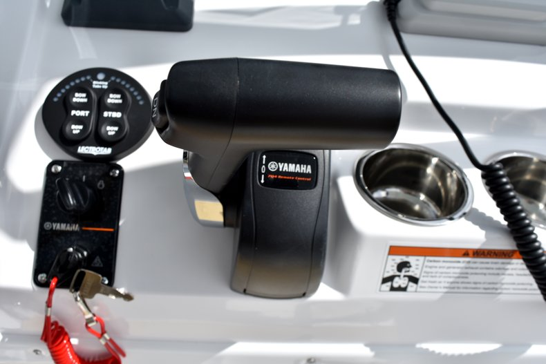 Thumbnail 36 for New 2019 Sportsman Heritage 231 Center Console boat for sale in West Palm Beach, FL