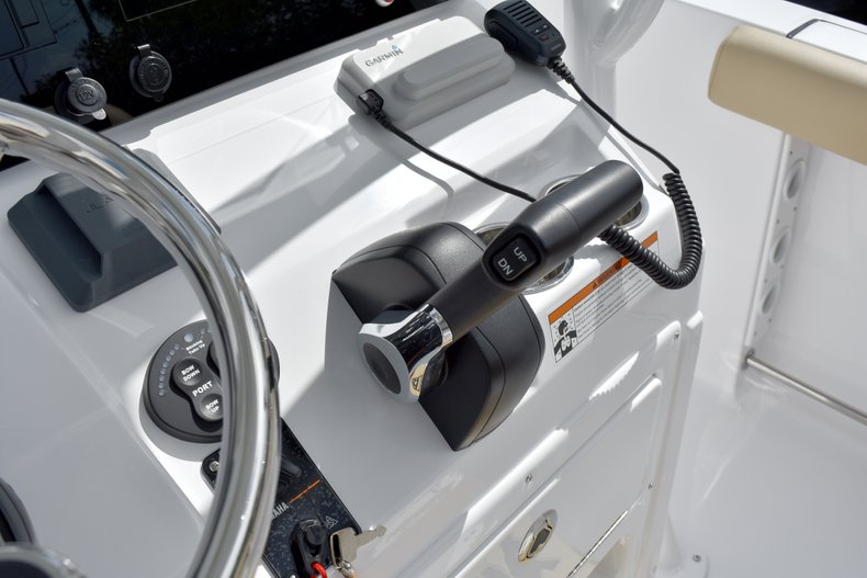 Thumbnail 38 for New 2019 Sportsman Heritage 231 Center Console boat for sale in West Palm Beach, FL