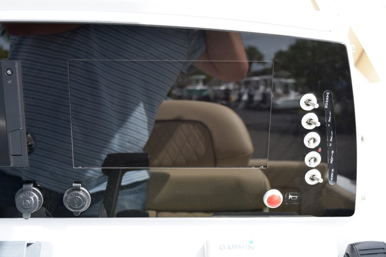 Thumbnail 35 for New 2019 Sportsman Heritage 231 Center Console boat for sale in West Palm Beach, FL