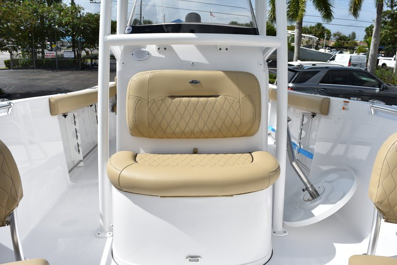 Thumbnail 46 for New 2019 Sportsman Heritage 231 Center Console boat for sale in West Palm Beach, FL