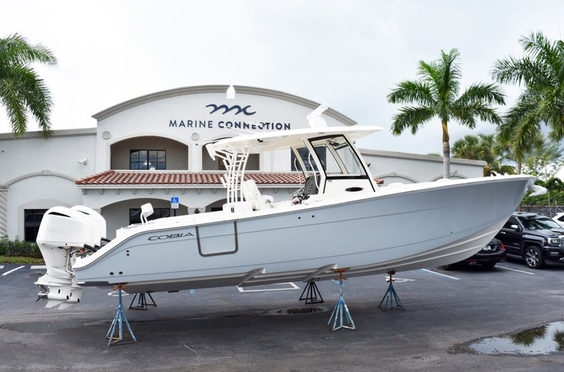 Thumbnail 7 for New 2019 Cobia 344 Center Console boat for sale in West Palm Beach, FL