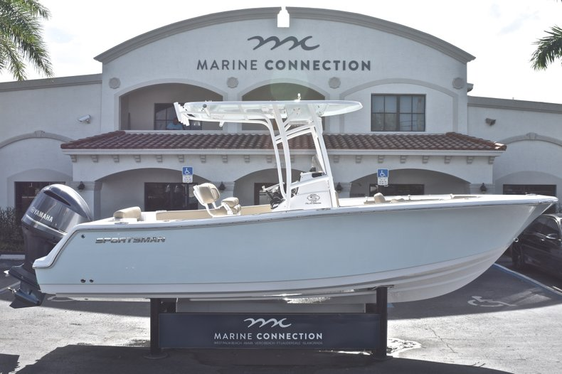 Thumbnail 0 for New 2019 Sportsman Open 232 Center Console boat for sale in West Palm Beach, FL