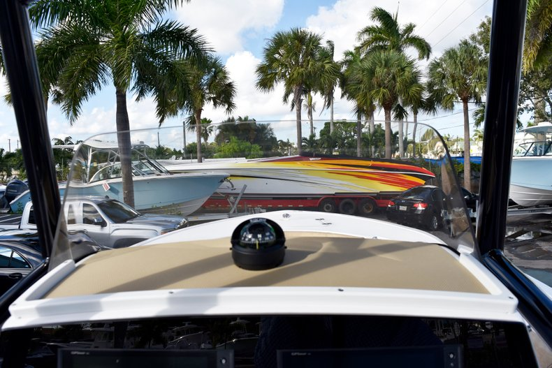 Thumbnail 34 for New 2019 Sportsman Open 212 Center Console boat for sale in West Palm Beach, FL