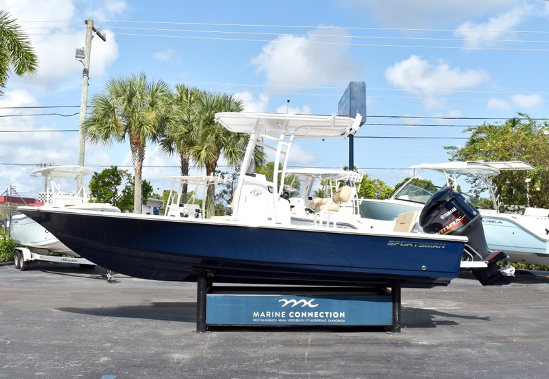 Thumbnail 4 for New 2019 Sportsman Tournament 234 Bay boat for sale in West Palm Beach, FL