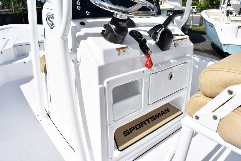 Thumbnail 31 for New 2019 Sportsman Tournament 234 Bay boat for sale in West Palm Beach, FL