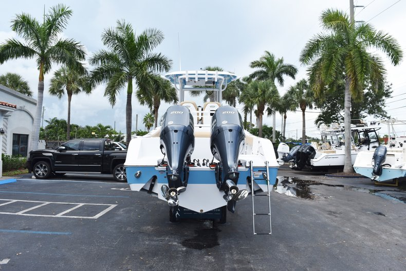 Thumbnail 5 for New 2019 Sportsman Open 282 Center Console boat for sale in West Palm Beach, FL