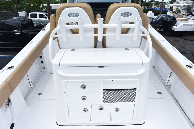 Thumbnail 14 for New 2019 Sportsman Open 282 Center Console boat for sale in West Palm Beach, FL