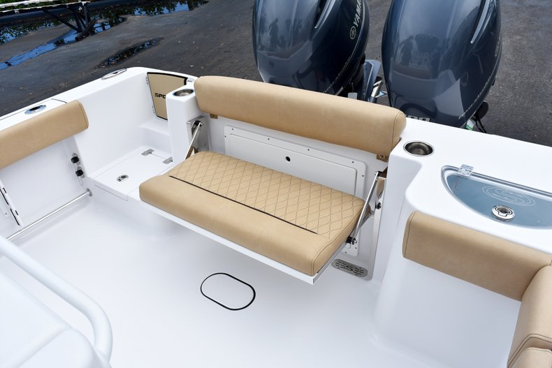 Thumbnail 20 for New 2019 Sportsman Open 282 Center Console boat for sale in West Palm Beach, FL