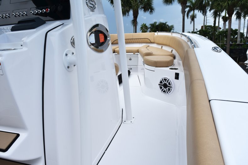 Thumbnail 62 for New 2019 Sportsman Open 282 Center Console boat for sale in West Palm Beach, FL