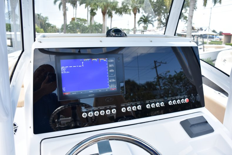 Thumbnail 45 for New 2019 Sportsman Open 282 Center Console boat for sale in West Palm Beach, FL