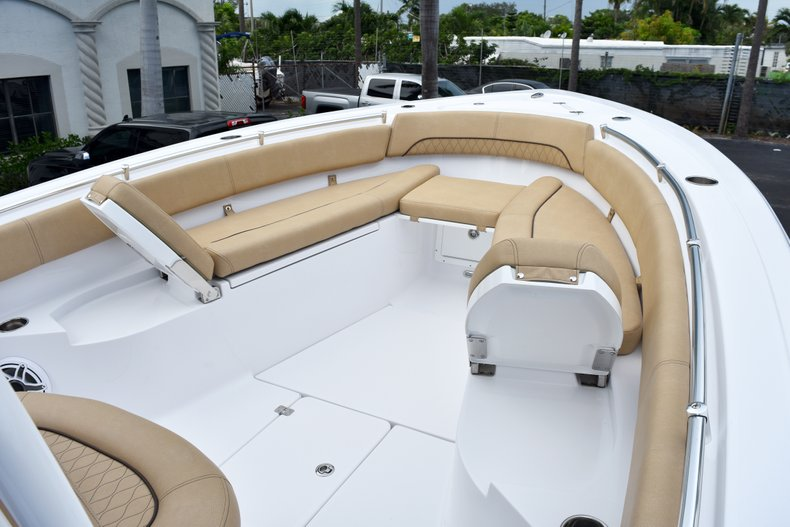Thumbnail 67 for New 2019 Sportsman Open 282 Center Console boat for sale in West Palm Beach, FL