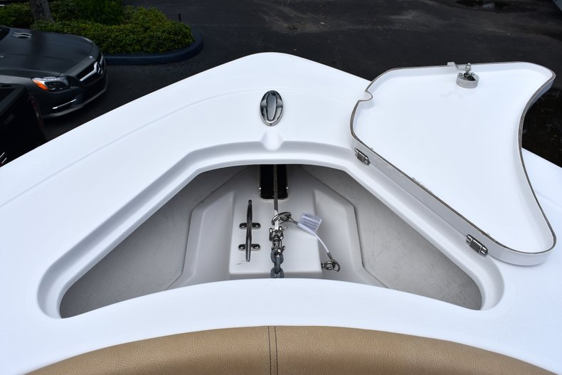 Thumbnail 83 for New 2019 Sportsman Open 282 Center Console boat for sale in West Palm Beach, FL