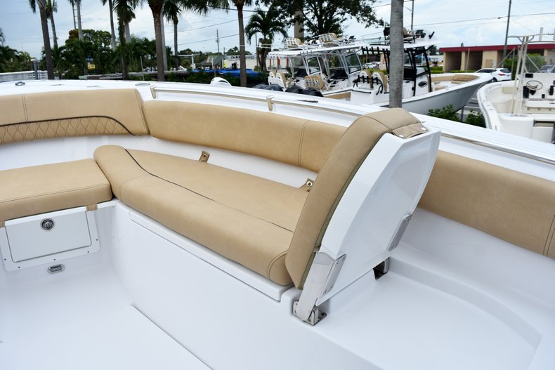Thumbnail 74 for New 2019 Sportsman Open 282 Center Console boat for sale in West Palm Beach, FL