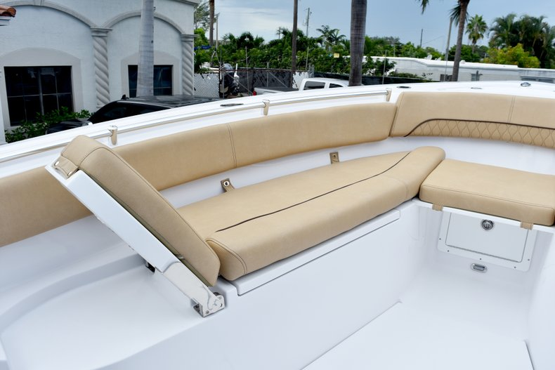 Thumbnail 76 for New 2019 Sportsman Open 282 Center Console boat for sale in West Palm Beach, FL