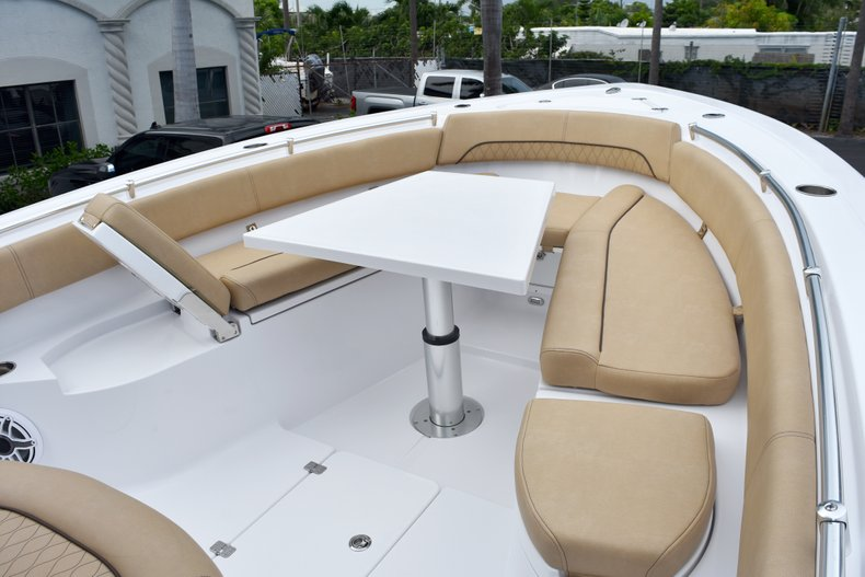 Thumbnail 73 for New 2019 Sportsman Open 282 Center Console boat for sale in West Palm Beach, FL