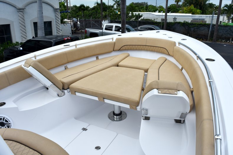 Thumbnail 84 for New 2019 Sportsman Open 282 Center Console boat for sale in West Palm Beach, FL