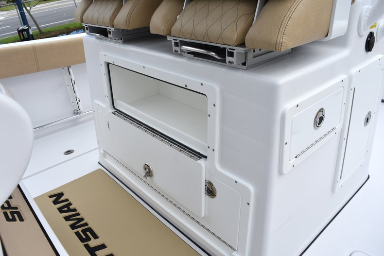 Thumbnail 60 for New 2019 Sportsman Open 282 Center Console boat for sale in West Palm Beach, FL
