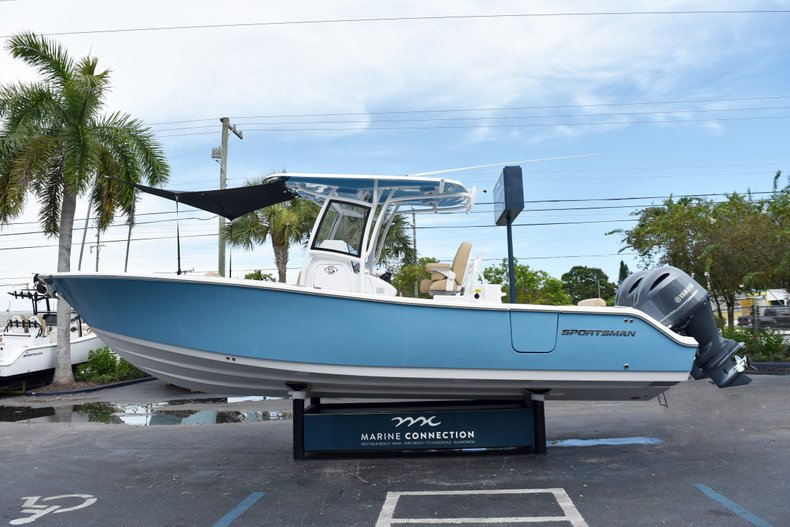 Thumbnail 11 for New 2019 Sportsman Open 282 Center Console boat for sale in West Palm Beach, FL