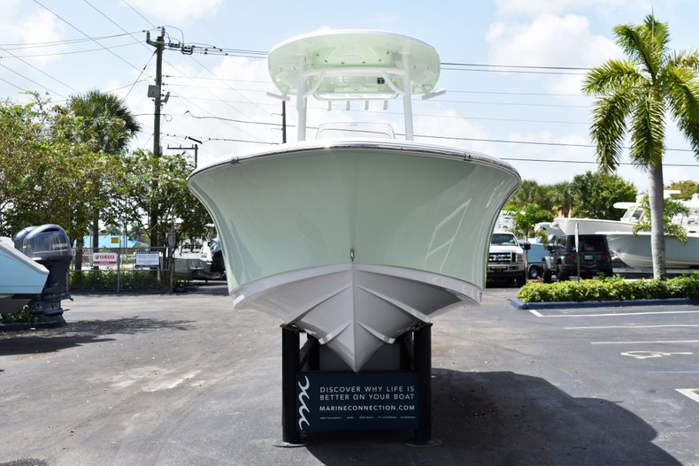 Thumbnail 2 for New 2019 Sportsman Open 232 Center Console boat for sale in West Palm Beach, FL