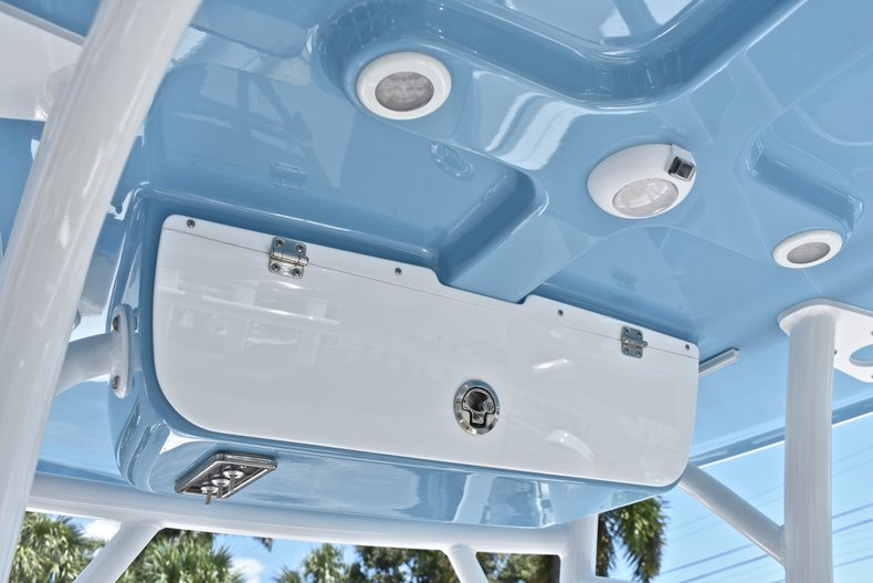 Thumbnail 28 for New 2019 Sportsman Heritage 231 Center Console boat for sale in West Palm Beach, FL
