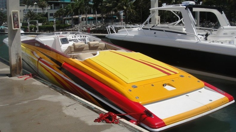 Thumbnail 16 for Used 2004 Hustler 50 Performance Yacht boat for sale in West Palm Beach, FL