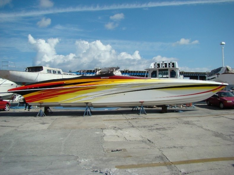 Thumbnail 34 for Used 2004 Hustler 50 Performance Yacht boat for sale in West Palm Beach, FL