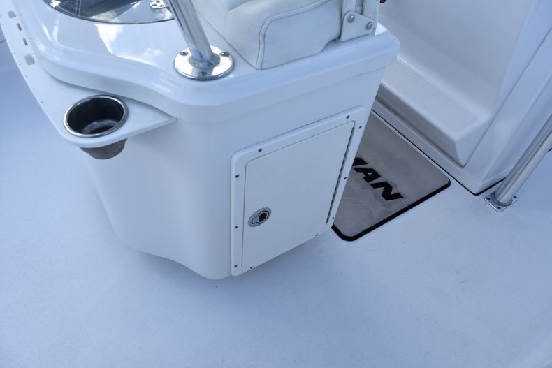Thumbnail 26 for Used 2014 Sportsman Heritage 251 Center Console boat for sale in West Palm Beach, FL