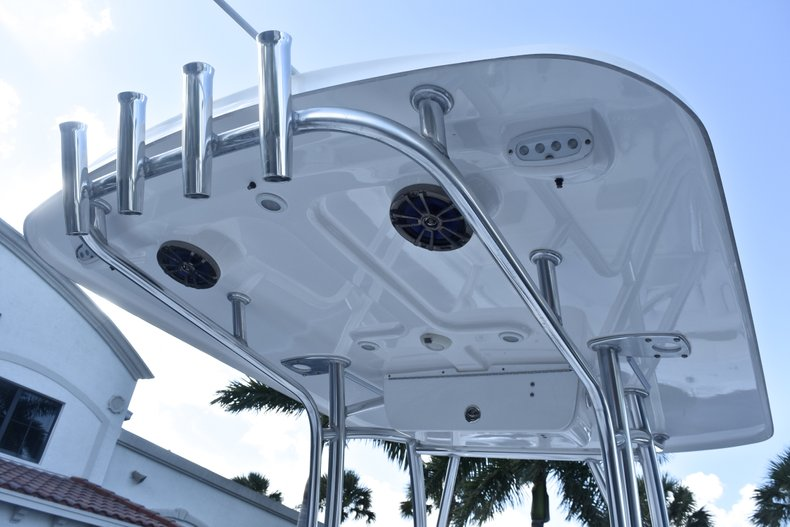 Thumbnail 42 for Used 2014 Sportsman Heritage 251 Center Console boat for sale in West Palm Beach, FL