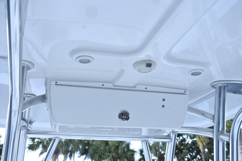 Thumbnail 43 for Used 2014 Sportsman Heritage 251 Center Console boat for sale in West Palm Beach, FL