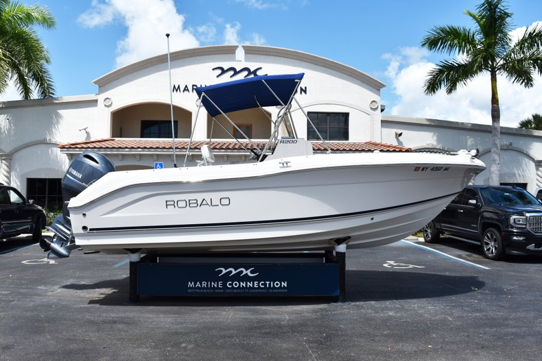 Used 2016 Robalo R200 Center Console boat for sale in West Palm Beach, FL
