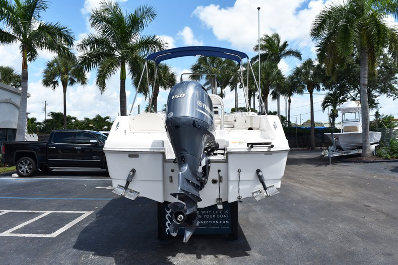 Thumbnail 8 for Used 2016 Robalo R200 Center Console boat for sale in West Palm Beach, FL