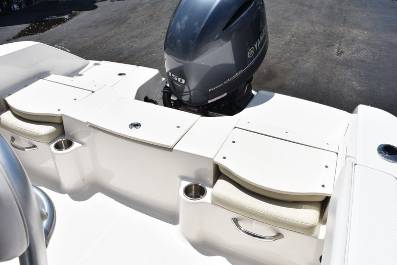 Thumbnail 14 for Used 2016 Robalo R200 Center Console boat for sale in West Palm Beach, FL
