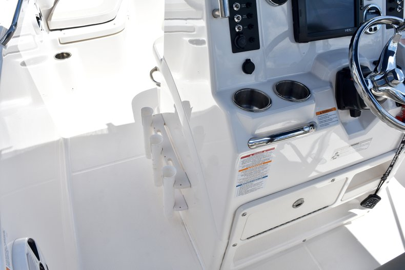 Thumbnail 31 for Used 2016 Robalo R200 Center Console boat for sale in West Palm Beach, FL