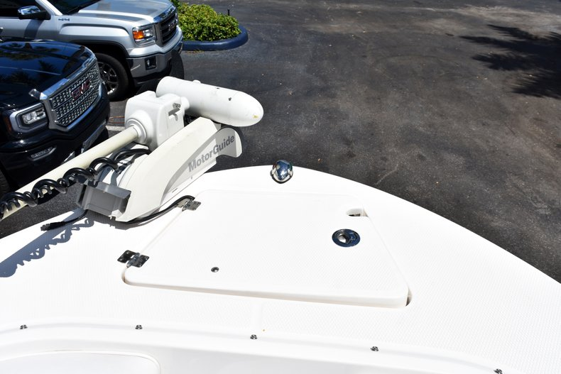 Thumbnail 44 for Used 2016 Robalo R200 Center Console boat for sale in West Palm Beach, FL