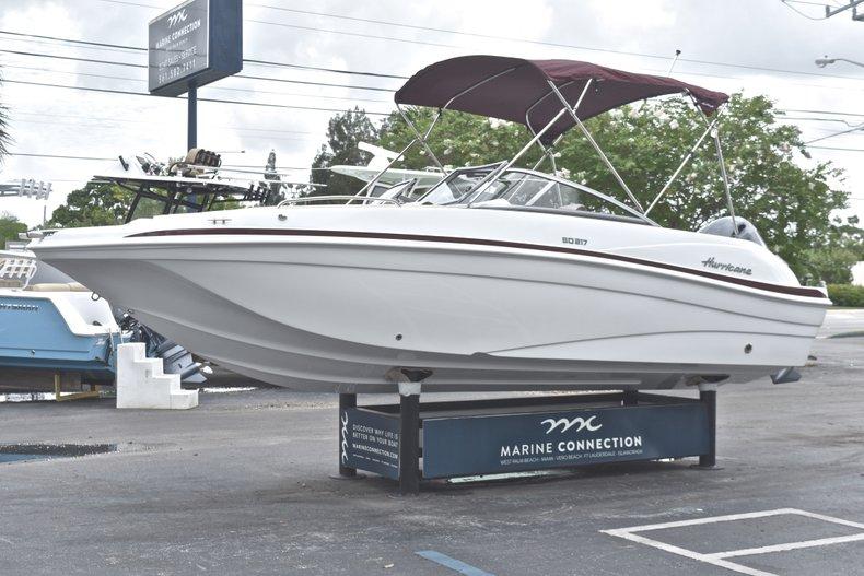 Thumbnail 3 for New 2019 Hurricane 217 SunDeck OB boat for sale in Vero Beach, FL