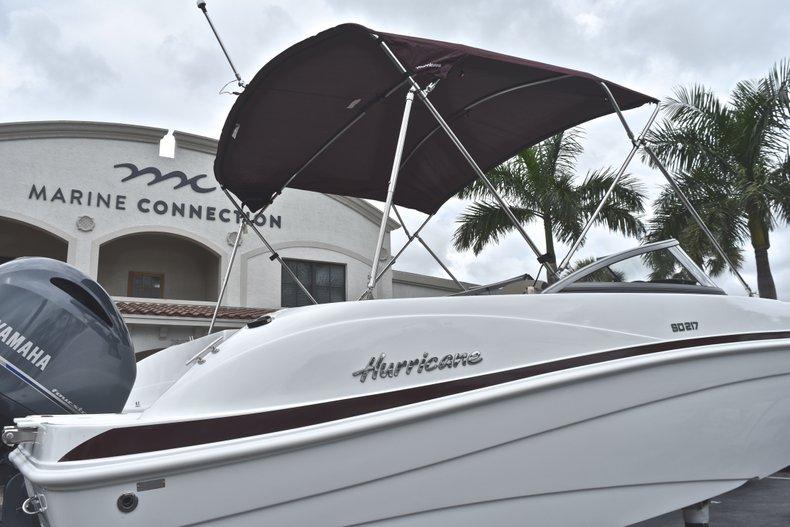 Thumbnail 8 for New 2019 Hurricane 217 SunDeck OB boat for sale in Vero Beach, FL