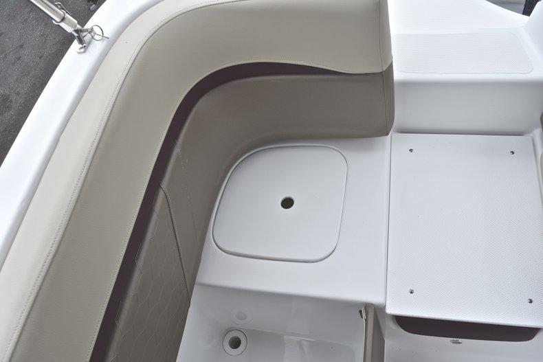 Thumbnail 26 for New 2019 Hurricane 217 SunDeck OB boat for sale in Vero Beach, FL